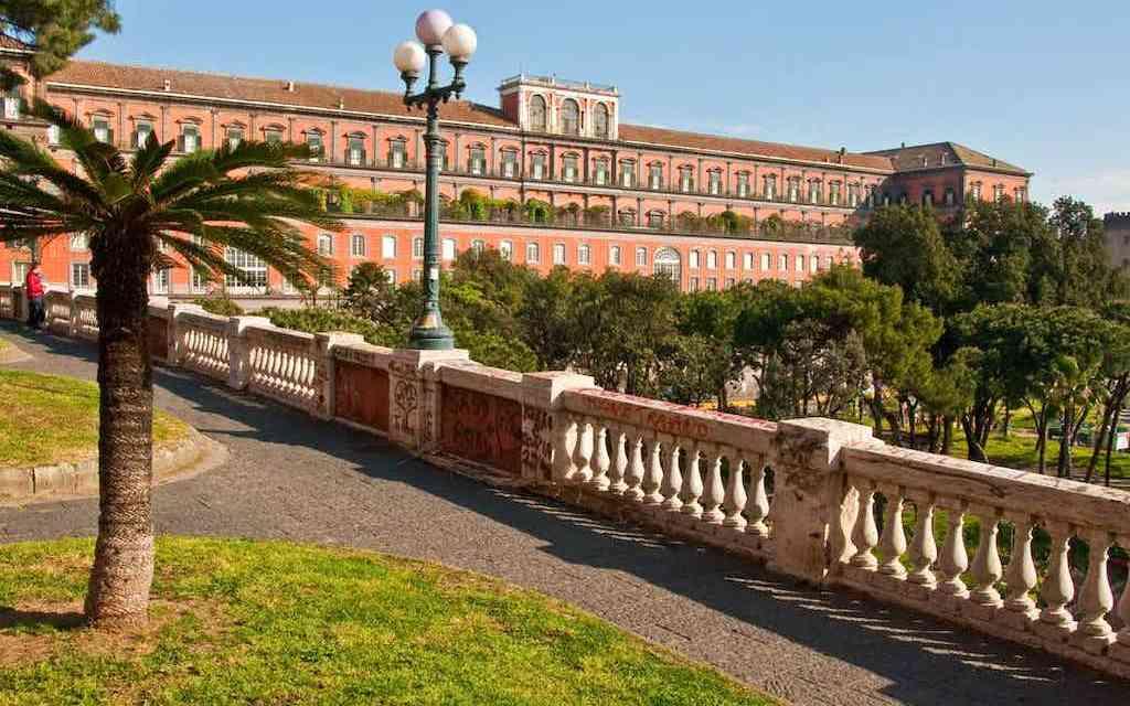 Cinema all'aperto nei Giardini di Palazzo Reale di Napoli