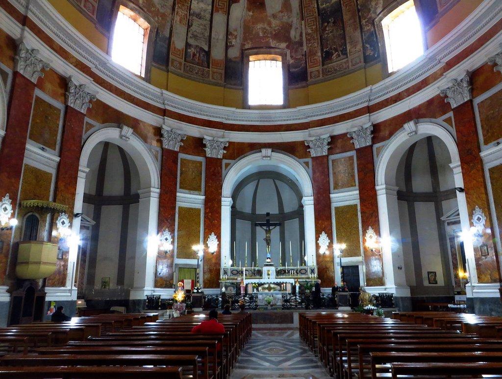 Chiesa diSan Carlo all'Arena interno
