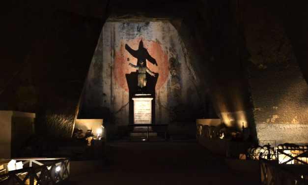 Fontanelle Candlelight, Musica a lume di candela al Cimitero delle Fontanelle