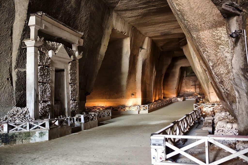 Rione Sanità Cimitero delle Fontanelle