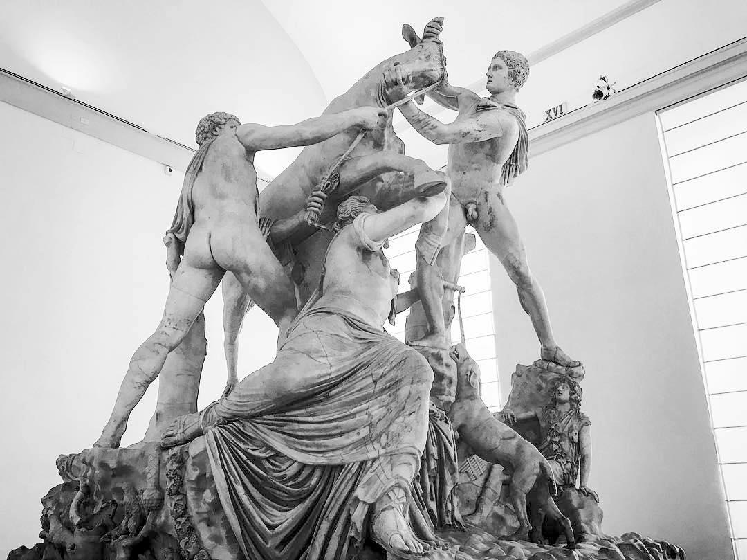 Sala del Toro Farnese al MAN