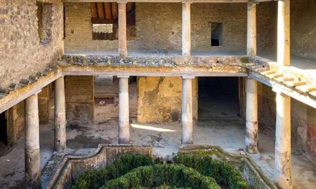 Pompei scavi, restaurate tre Domus: La Casa degli amanti riapre al pubblico