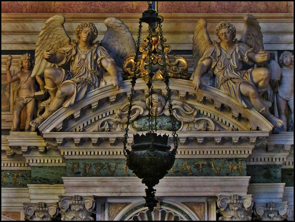Duomo di Napoli Interno