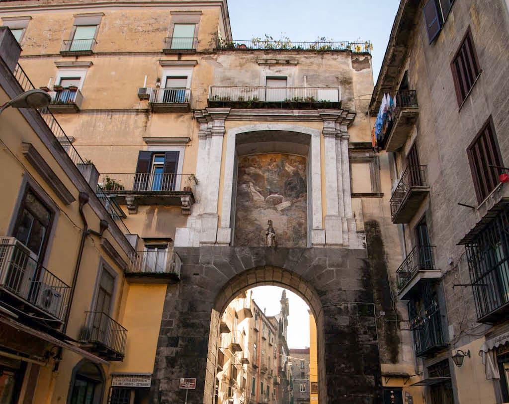 Napoli Porta San Gennaro