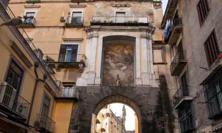 Porta San Gennaro a Napoli e l'affresco di Mattia Preti