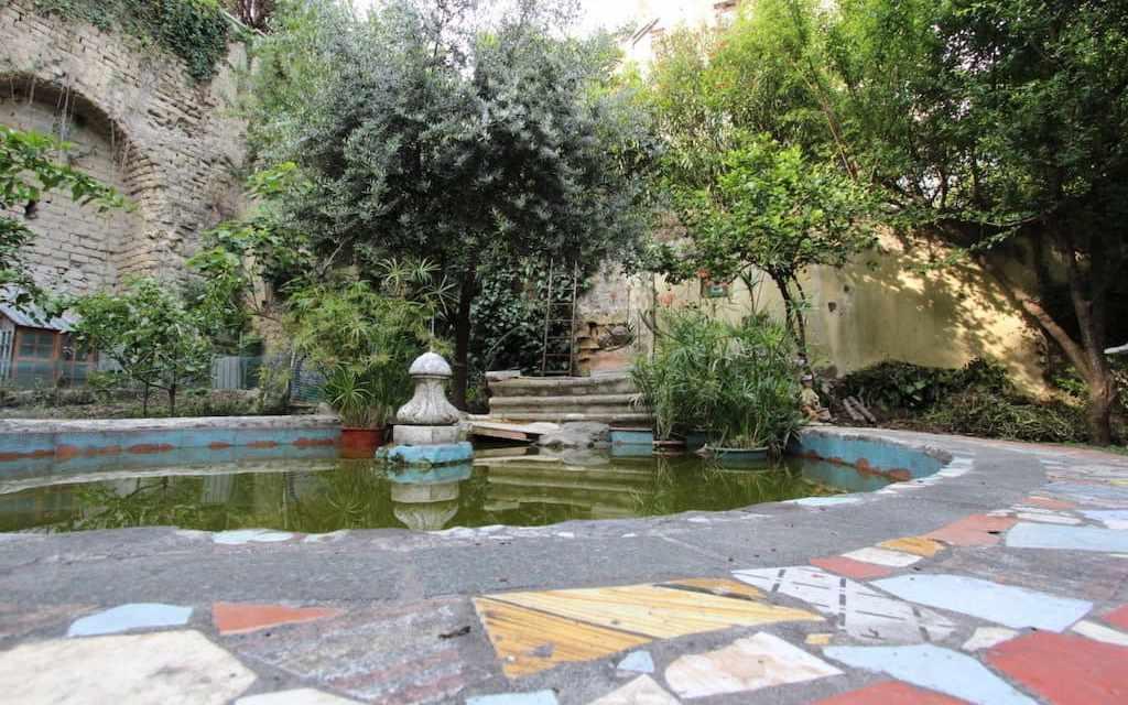 Visita guidata della grotta esoterica e il giardino di Babuk