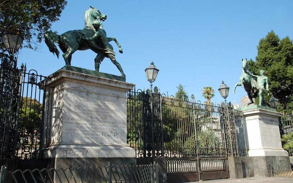 Cavalli di bronzo, dono imperiale dello zar a Napoli