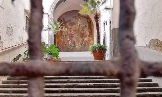 Straordinaria visita guidata al Monastero di Clausura delle Trentatré a Napoli