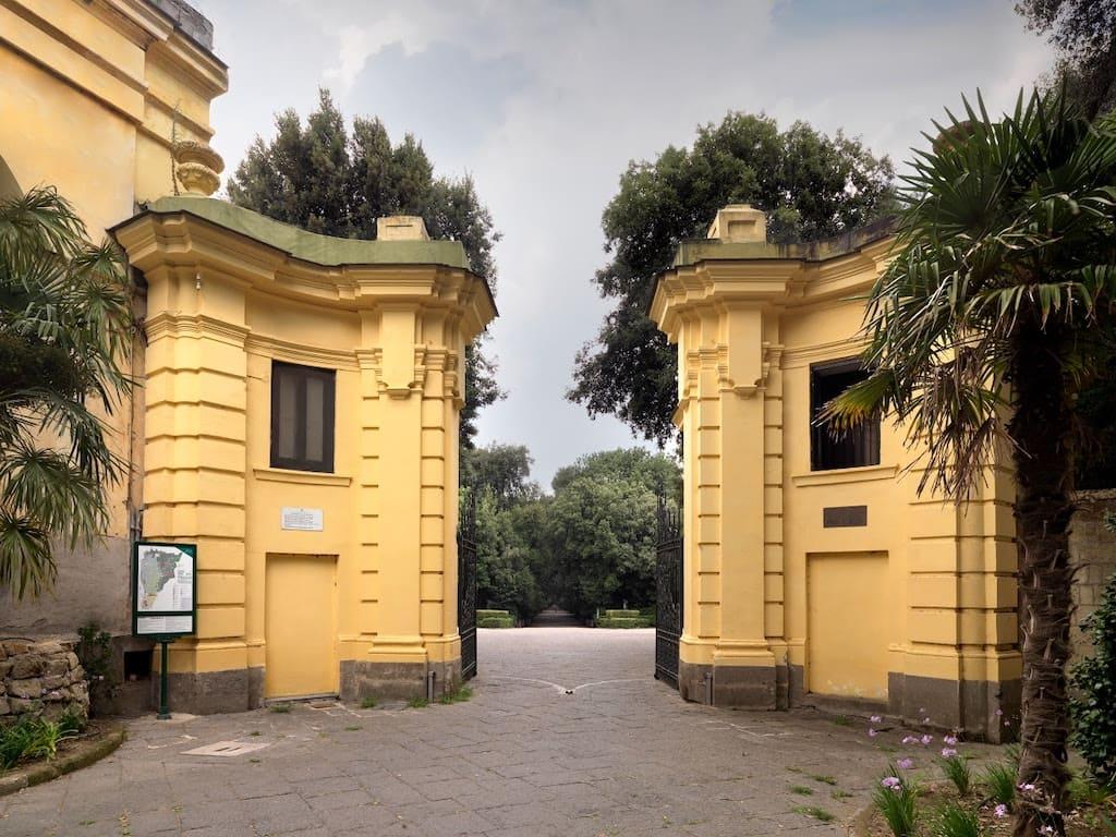 Porta di Mezzo Real Bosco di Capodomonte