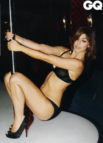 Alessandra Mastronardi sexy per QG (1)