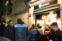 Nuovo negozio del Napoli innaugurato con il Pocho (1)