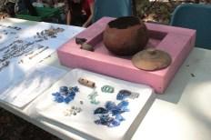 I frammenti dell'urna ritrovata
