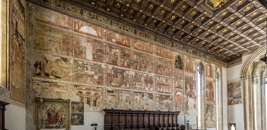 Resultado de imagen de iglesia donnaregina napoli