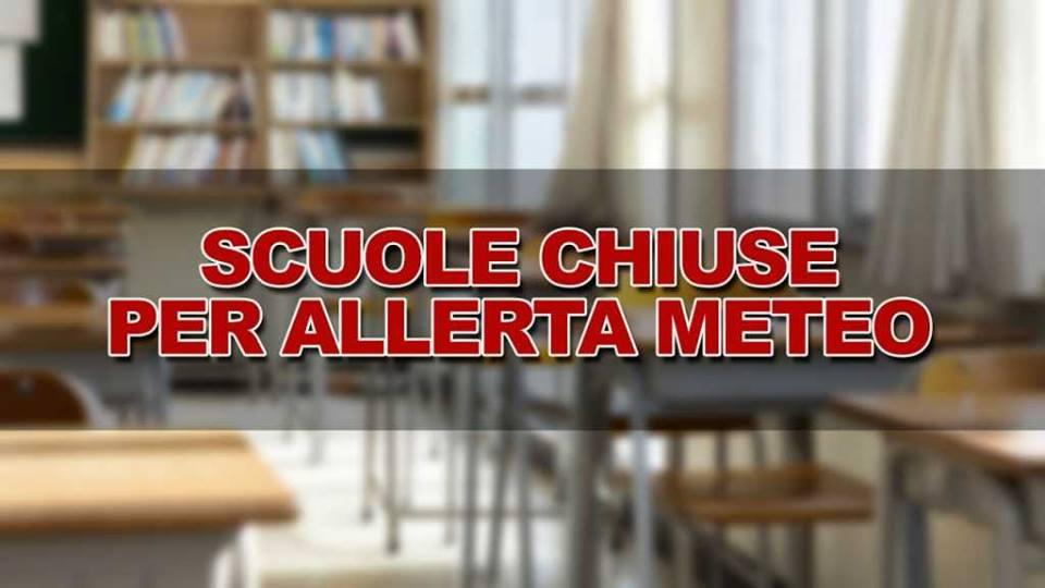 Domani scuole chiuse a Napoli per Allerta meteo Arancione!