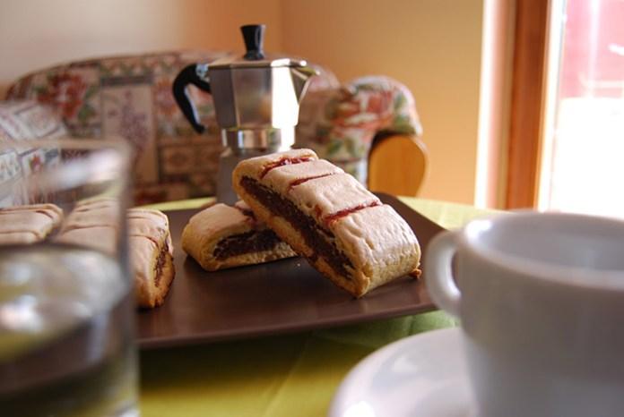 Ricetta biscotti all'amarena napoletani