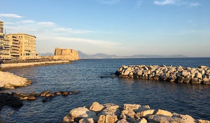 Meteo Napoli, weekend: un sabato di fuoco ma arriva la tregua