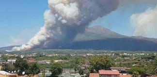 Incendio sul Vesuvio: arrestato primo criminale piromane