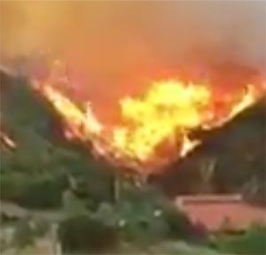 Incendio sul Vesuvio: lo sfogo dei Vigili del Fuoco