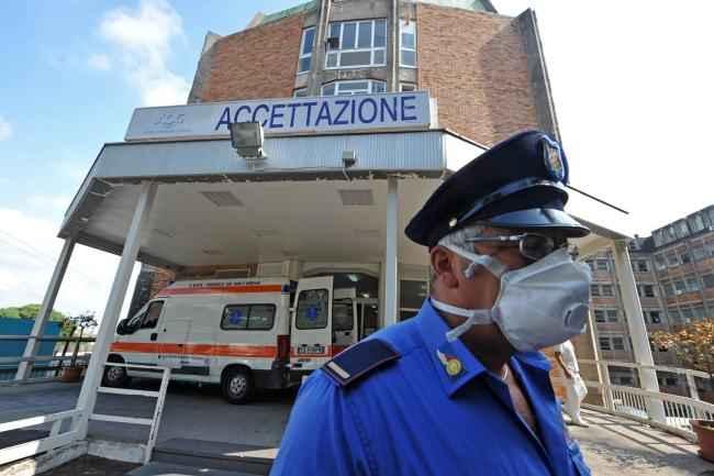 Allarme Epatite A a Napoli: sotto accusa cozze e vongole