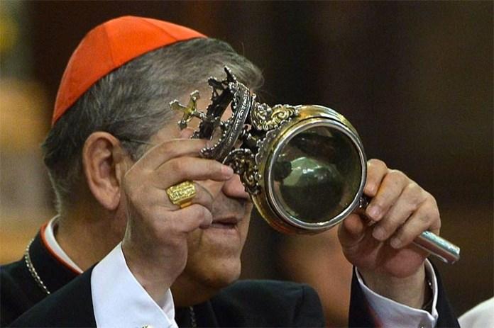 Il prodigio è avvenuto: San Gennaro ha sciolto il sangue