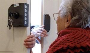 Scampia: anziani denunciano truffatore seriale