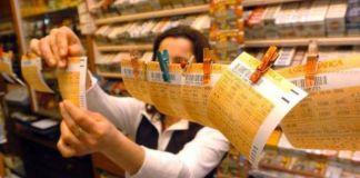 La dea bendata bacia Marano di Napoli con una quaterna al Lotto