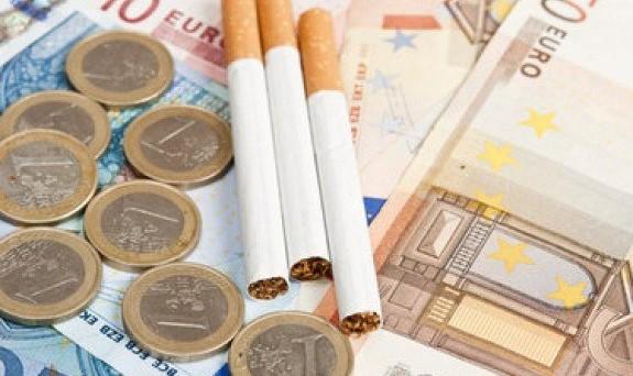 Sigarette, aumento in arrivo: 70 centesimi in più al pacchetto