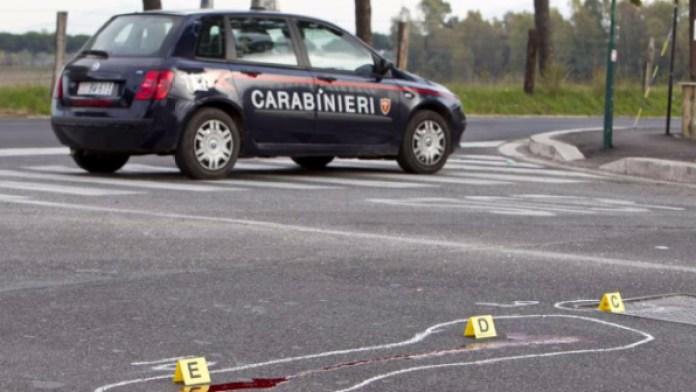 Giallo in provincia di Caserta: giovane trovato in una pozza di sangue