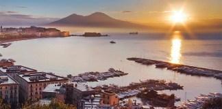 """Sai perché Napoli viene definita """"Città del Sole""""?"""
