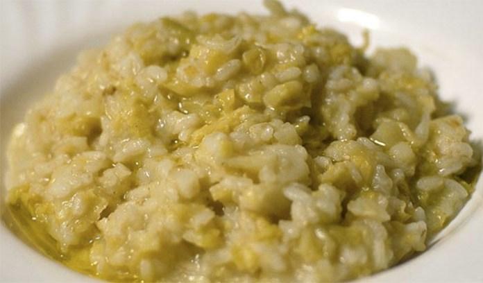 Ricetta verza e riso alla napoletana: un piatto squisitamente povero