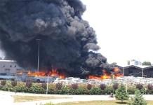 Incendio a Caivano, rischio nube tossica: precauzioni
