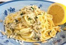 Ricetta spaghetti al pesto di limoni di Procida: fresco e raffinato