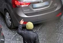 Parcheggiatori abusivi: arriva il sensore elettronico per contrastarli