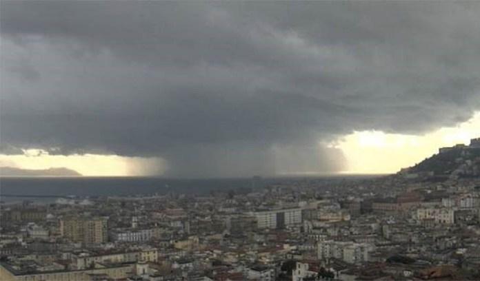 Meteo Napoli, crollo termico nelle prossimo ore