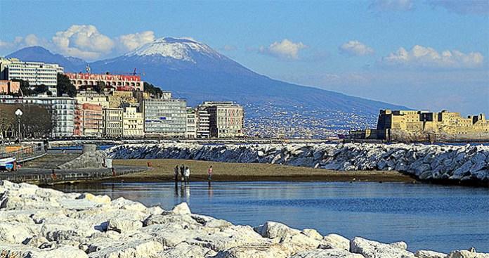 Meteo Napoli, l'inverno all'improvviso: arriva freddo e maltempo