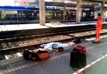 Napoli, tragedia sui binari: vittima travolta da un treno