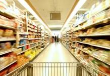 Prodotti richiamati dal mercato: piatti di plastica monouso
