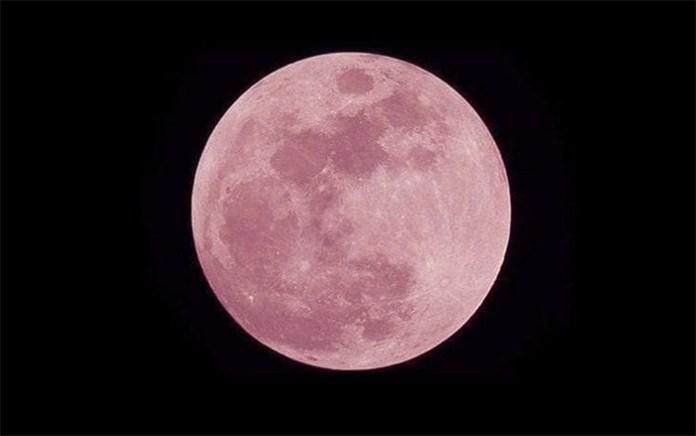 Pasqua 2019 ci regala una meravigliosa luna rosa