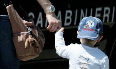 """Qualiano: tenta di rapire un bambino di 6 anni, il presunto rapitore è del """"Parco Verde di Caivano"""""""