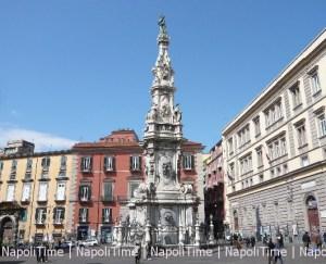 Napoli_Piazza_del_Gesù_Nuovo