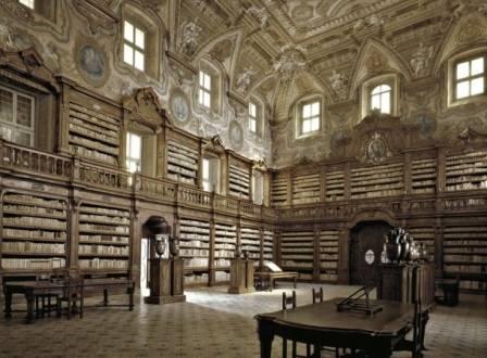 biblioteca-napoli
