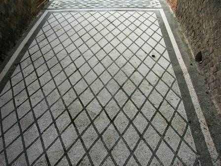 casa_dei_mosaici_geometrici