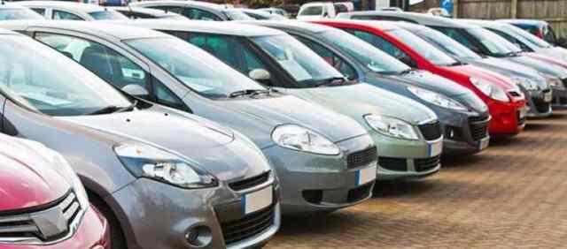Mercato dell'usato: sempre più auto di seconda mano, a Napoli e in Campania