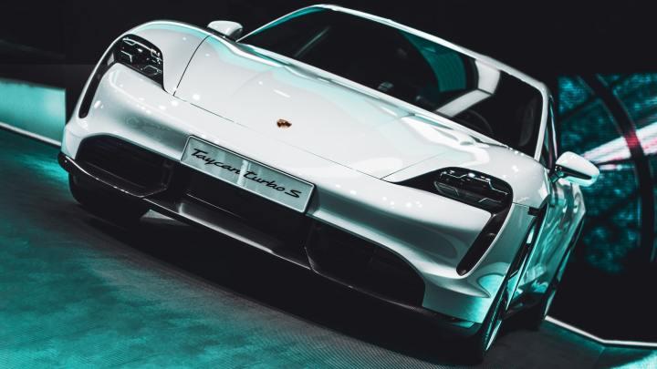 Porsche Taycan - Serwis Auta w Warszawie
