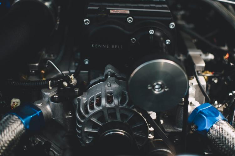 Mechanik i Serwis dla Aut Elektrycznych - Serwis Samochodowy w Warszawie - Warsztat Samochodowy