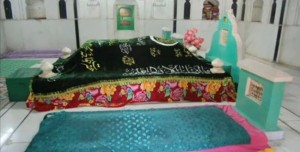 Grave of Khwaja Muhammad Masoom Sirhindi 6