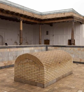 The blessed tomb of Khwaja Arif Riwgari