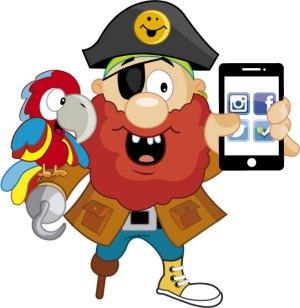 Pirata El Tesoro Encantado y guacamayo con celular