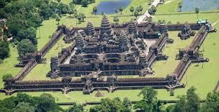 Menteri IDVM-India Berkampanye di Ashram Sri Vishnu di Kamboja