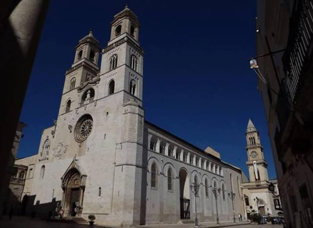 La Cattedrale di Altamura voluta da Federico II nel 1232